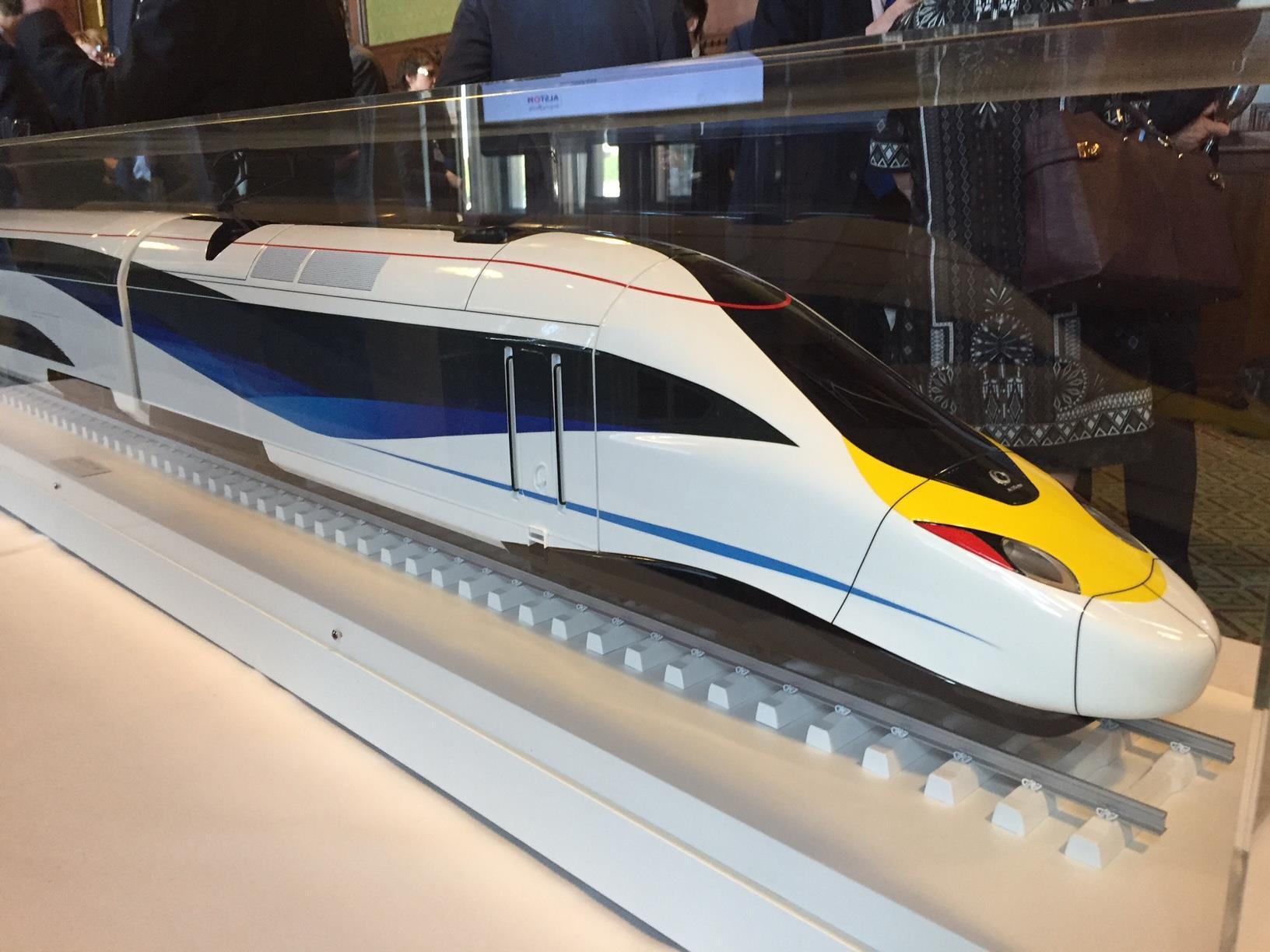 N scale Metro North GP40FH-2 | TrainBoard.com - The